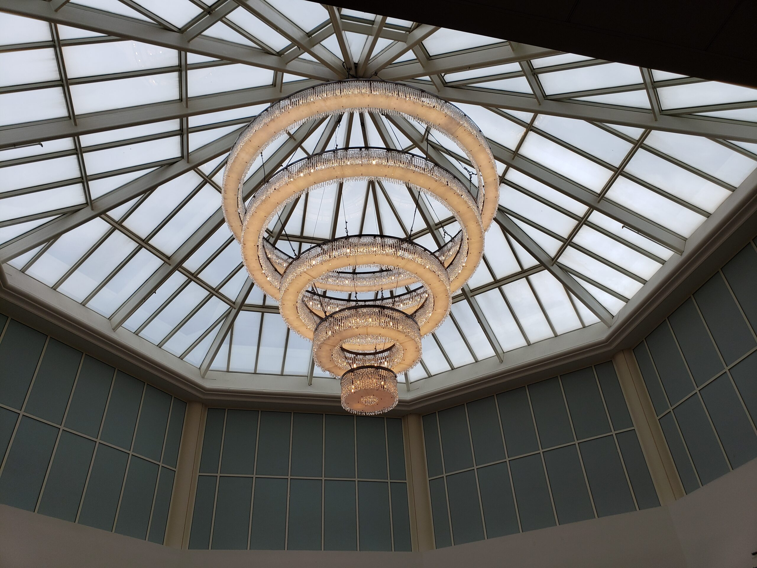 Chandelier_2a